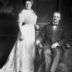 Gov-Hay-and-wife-Lizzie-1909-1913